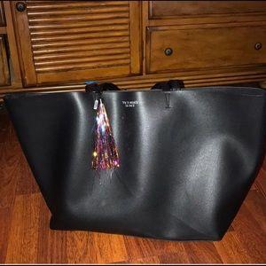 Victoria's Secret bag Black like new